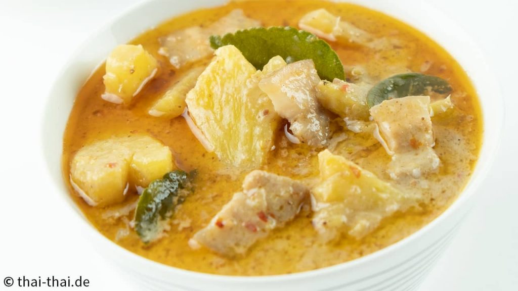 Thai Rotes Curry mit Schwein und Ananas